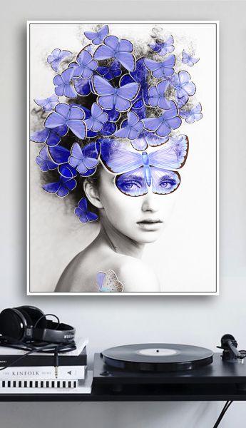 Tranh đơn cô gái và đàn bướm xanh CV01112