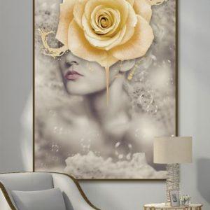 Tranh đơn cô gái và hoa hồng vàng CV01114