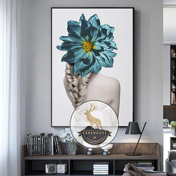 Tranh cô gái và hoa cúc xanh CV0138