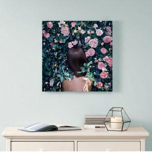 Tranh đơn cô gái và hoa hồng CV0187