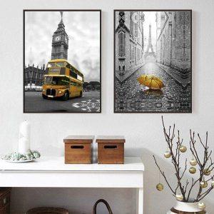 Bộ 2 tranh xe buýt và chiếc ô vàng CV0245