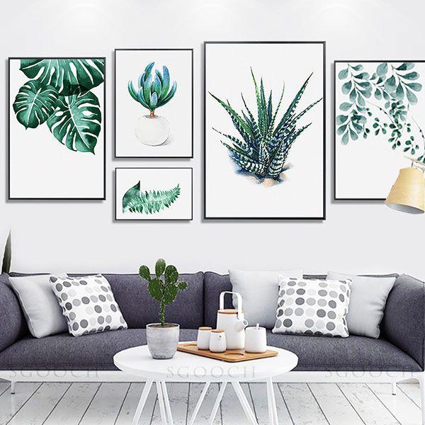 Chọn tranh treo tường phù hợp với không gian phòng khách